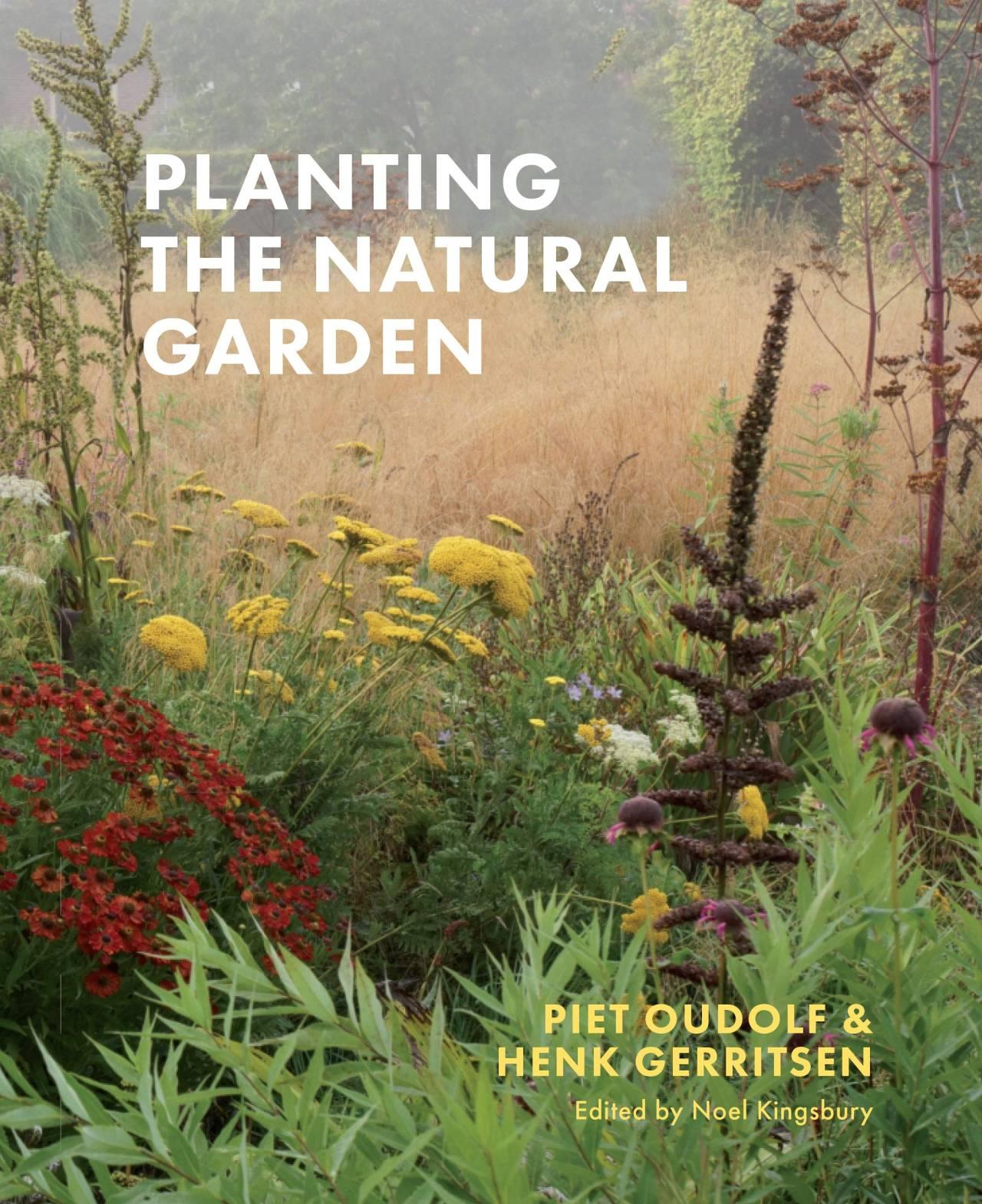 Portada del libro donde se muestra el titulo en la mitad y varias plantas dentras del titulo por toda la portada